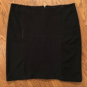 Laundry by Shelli Segal | Thick Knit Pencil Skirt